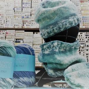 1玉で、ニット帽子、ネックウォーマー、ハンドウォーマーが編めちゃいます。♯パピー♯ハスキー♯編み物♯棒針編み♯かぎ針あみ♯編み物教室♯弁天通り♯弁天手芸店♯前橋