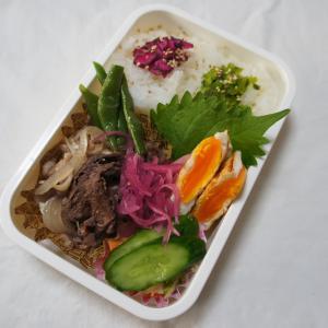11月13日(水) 肉豆腐弁当