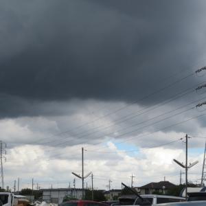 雲のある風景を広角で 2
