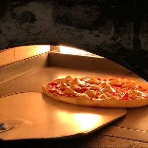 お待たせせずに焼きたてピッツァやパスタお持ち帰り!