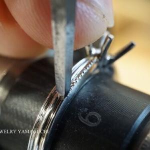 【ブライダル】ミル打ちの入った婚約指輪②