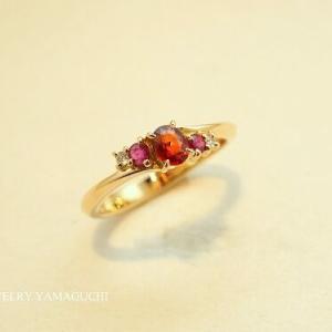 【K18ゴールド】カラーストンを集めた指輪