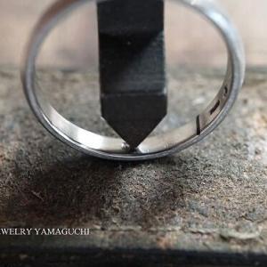 【プラチナ】シンプルデザインの結婚指輪