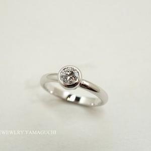【プラチナ】お持ち込みのダイヤで婚約指輪を製作。