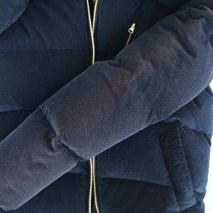 ダウンジャケットの色修正