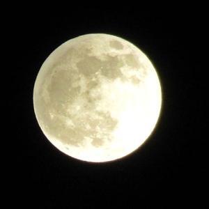 「半影月食」と「おかえり」