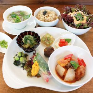 ランチメニュー(2020/8/4〜8/23)ベジ・酢豚〜黒酢と粟のソース〜 Vegan sweet and sour pork