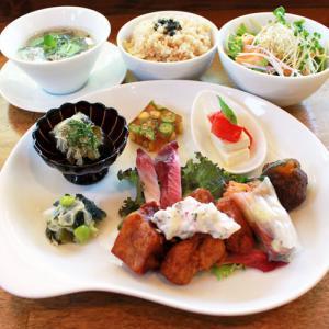 ランチメニュー(2019/8/6〜8/25)ベジ・酢豚〜黒酢と粟のソース〜 Vegan sweet and sour pork