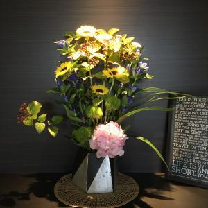 今週のお花と学生募集