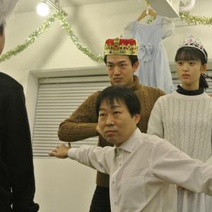 【演劇】【レッスンの様子】日曜クラスは、高校生や大人、プロの俳優も混ざります。インクルーシブ。