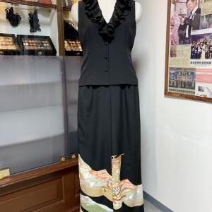 Dahlinaty 黒留袖ワイドパンツ&フリルノースリーブトップス 【着物洋服スタイル】