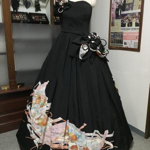 【新作着物ドレス紹介】黒留袖3着使用の豪華プリンセスラインの着物ドレス