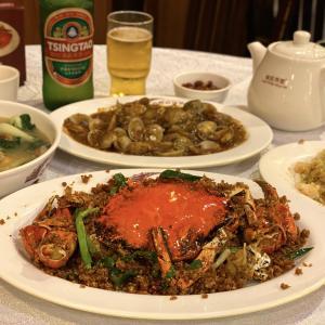 炒飯が神様〜♡外せない香港グルメ!スパイシークラブのセットが安ウマで感激「橋底辣蟹」