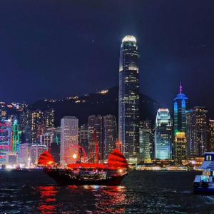 SARSを経験した香港!コロナ対策で飛ぶように売れてるもの。