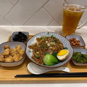 コスパ最高!52ドルで台湾料理ランチ!大満足な「叁茶陸飯」