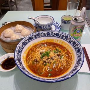 濃厚ウマ辛!香港一美味しい坦々麺に認定!日本人が意外と知らない上海料理店。