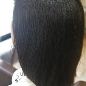 縮毛矯正でナチュラルボブヘアに。