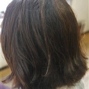ジメジメ湿度、梅雨対策に縮毛矯正でお手入れしやすいスタイルに。