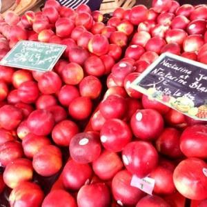 モントルグイユ商店街の美味しいお野菜と果物