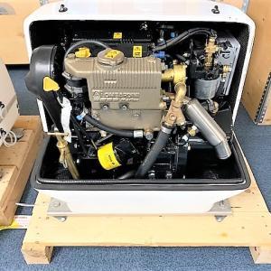 中古 VTE(ペグーロ)マリンジェネレーター 5.5KW入荷します