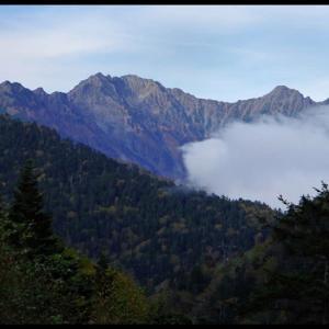 霧の安房峠