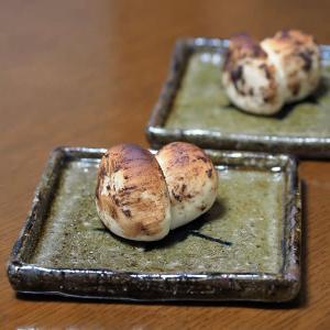 地元産松茸を丸ごと1本食べる