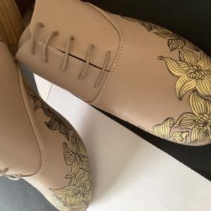 手描きの靴 自分用レースアップシューズ