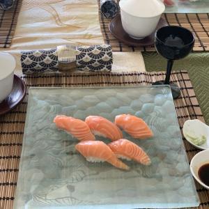 一日集中寿司クラス 2020年7月 巻き寿司は出来ても握りは?