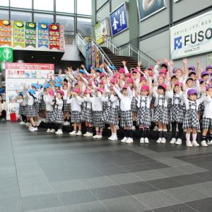 JR高松駅こいのぼりイベント|新時代への橋渡し