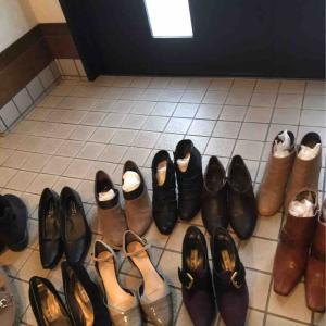 靴の入れ替え 奥様
