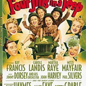 Four Jills in a Jeep (1944) 「ジープに乗った四人のジル」日本公開のなかった映画のようですが、発見がありました。