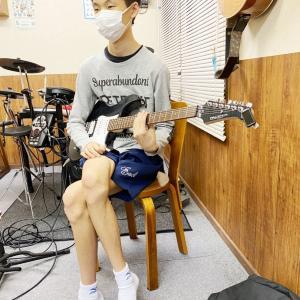 E・ギターレッスンその4471~循環コードでの押弦練習~