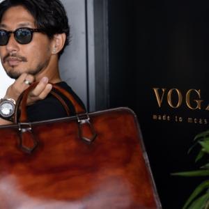 渋い30代が持つオーダー革鞄