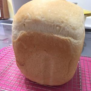 4月12日はパンの日なんだって
