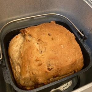 イチジクとクルミの食パン