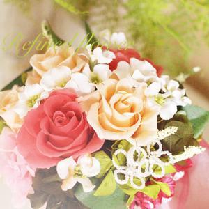 ラウンドアレンジ 綺麗に咲いた薔薇