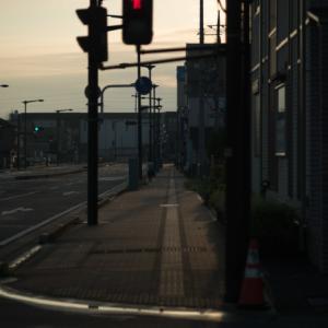 駅までの一本道