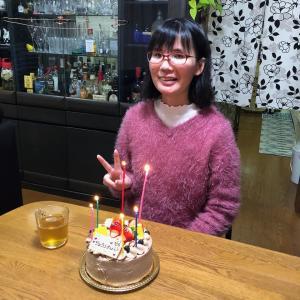 娘の24回目の誕生日を祝う!
