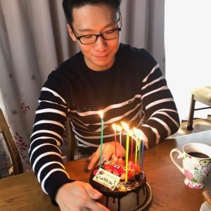 息子の27歳の誕生日を祝う!