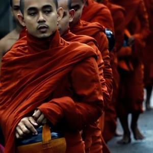 ミャンマー ・ レイルサイドストーリー  その18   ビルマの竪琴