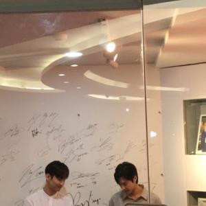 2/21 東方神起…SM Entertainment Indonesiaへ