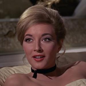 【007シリーズのお約束⑪】ガールズ・トークのどこが悪いの?