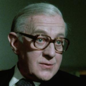 BBC TVミニシリーズ『ティンカー、テイラー、ソルジャー、スパイ』(1979)を見て新旧比較!