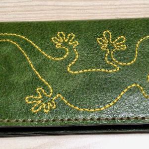 甲斐クラフトフェアでみっけたお財布の「屋守」