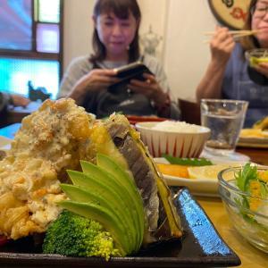 福岡の人気カフェ ハチミツボタン