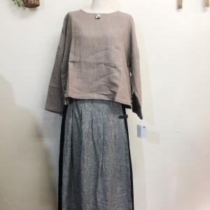 「ina」プルオーバー&スカート