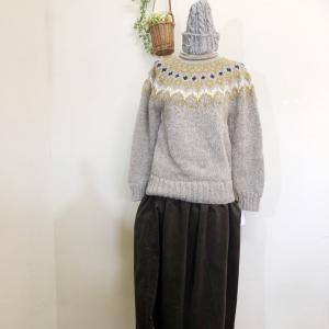 プルオーバー&スカート