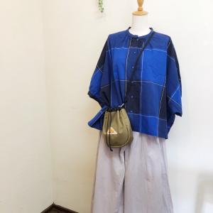 「blue willow」チェックシャツ。