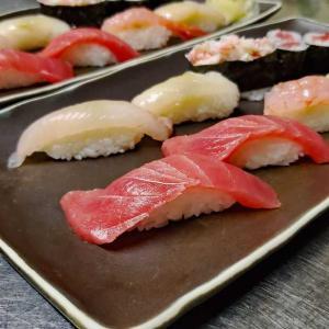 昨晩夕食お寿司 ^^