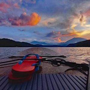 サップと釣りで楽しむ野尻湖♪